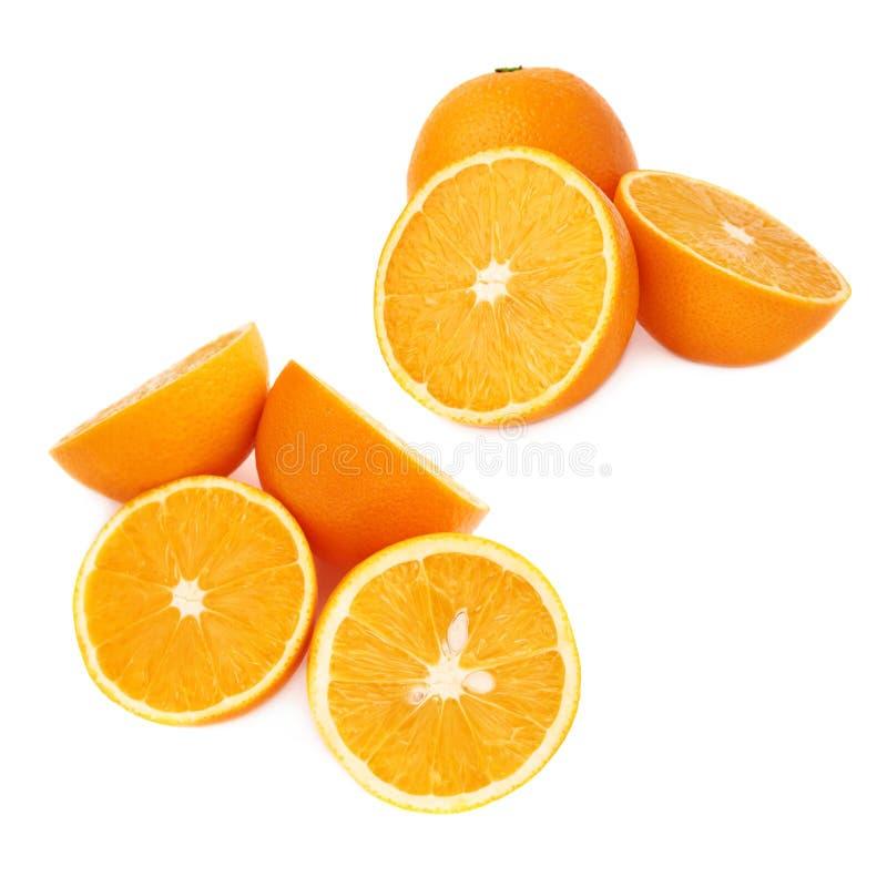 Gediende oranje die fruitsamenstelling over wordt geïsoleerd stock afbeelding