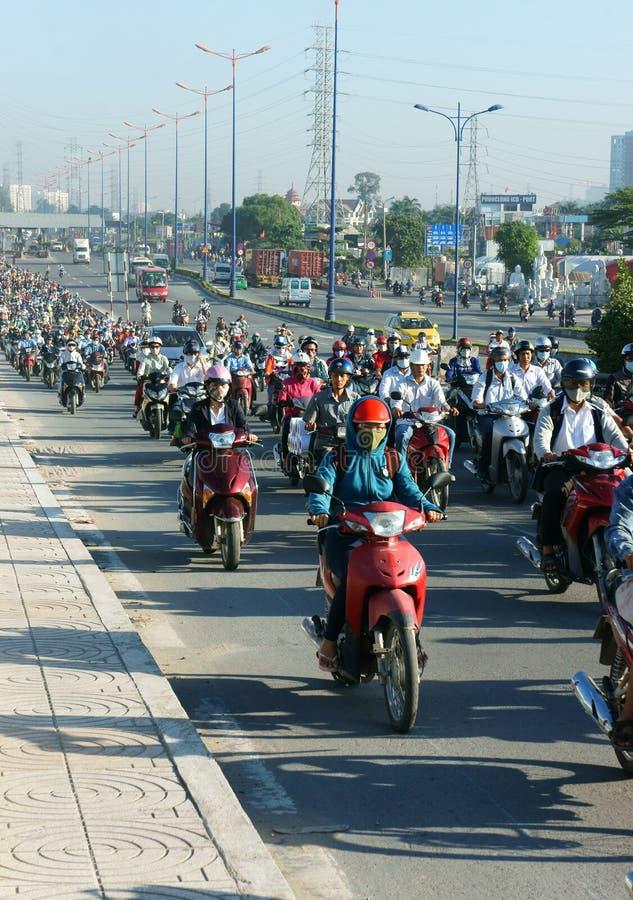 Gedrängt, Vietnam, Asien ctiy, Fahrzeug, Abgase lizenzfreies stockbild