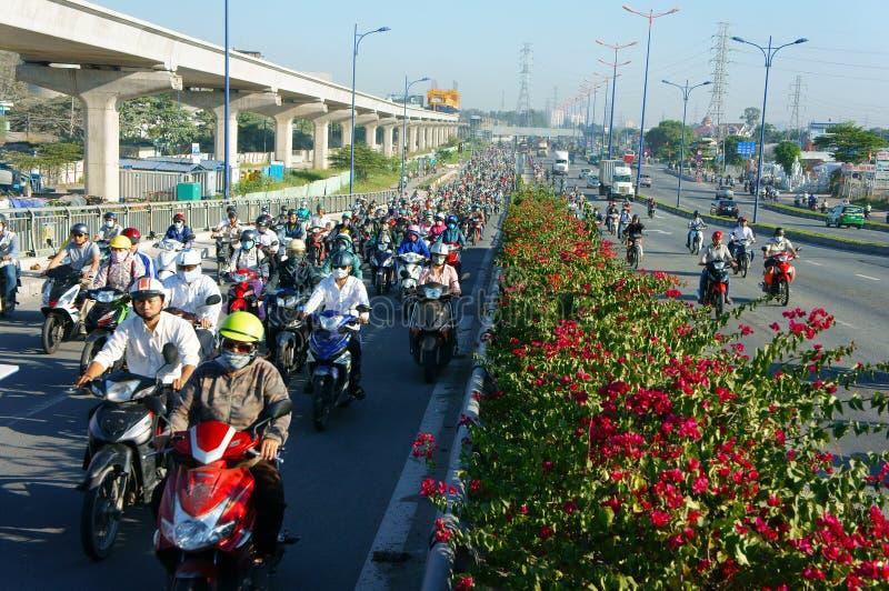 Gedrängt, Vietnam, Asien ctiy, Fahrzeug, Abgase stockbild