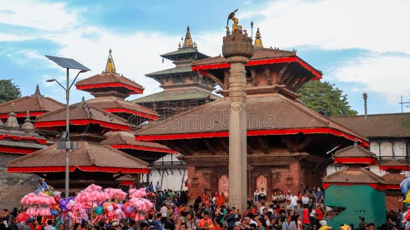 Gedrängte Straße von Kathmandu lizenzfreie stockfotos