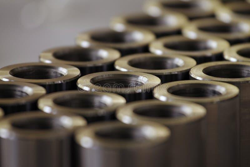 Gedraaide metaalcilinders royalty-vrije stock afbeeldingen