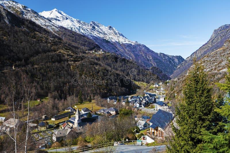 Gedre-Dorf auf Französisch Pyrenäen lizenzfreie stockbilder