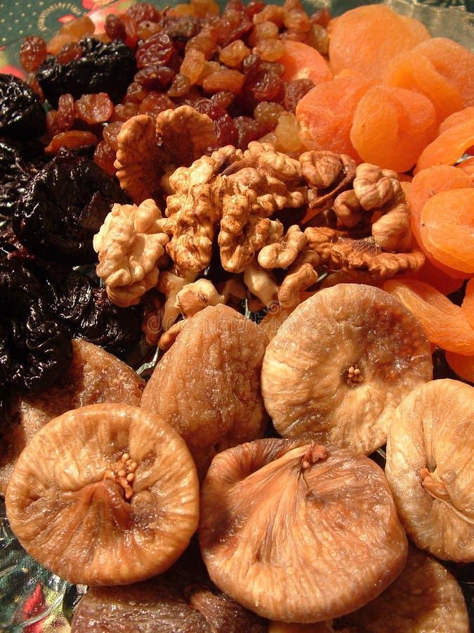 Gedroogd fruit en Okkernoten stock fotografie