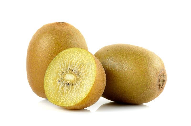 Geel gouden die kiwifruit op de witte achtergrond wordt geïsoleerd royalty-vrije stock foto