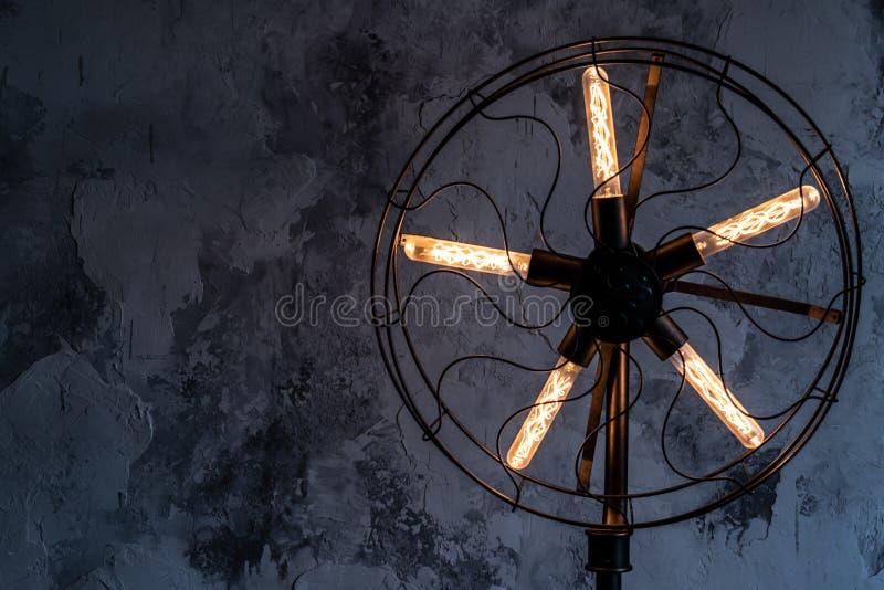 Geel Sterrelicht op Blauwe Achtergrond stock afbeeldingen