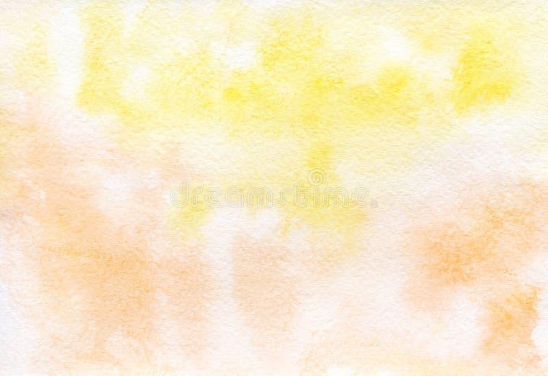 Geeloranje met de hand geschilderde waterverfachtergrond royalty-vrije stock foto