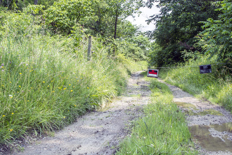 Geen het Schenden teken bij de landweg stock foto