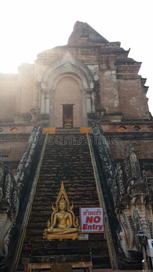Geen ingang door tempel stock foto