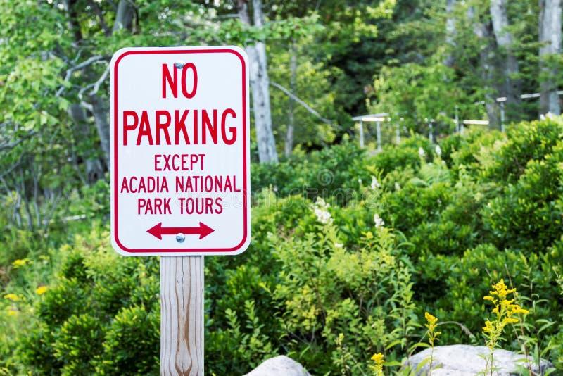 Geen parkerenteken in Nationaal het Parkteken van Acadia stock foto's