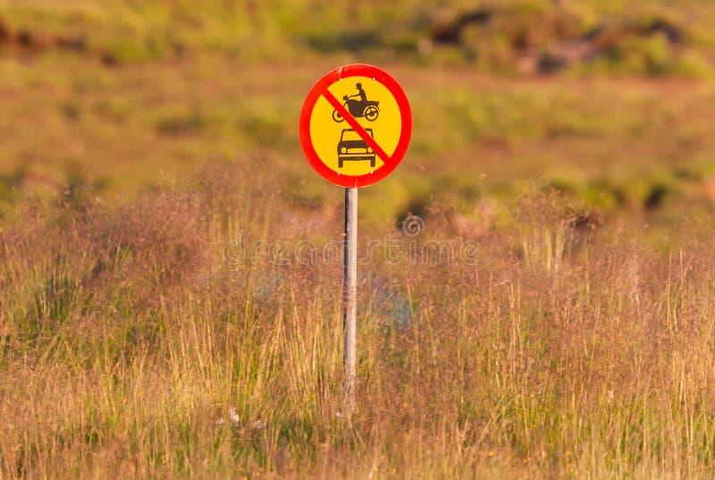 Geen toegestane gemotoriseerde voertuigen stock foto
