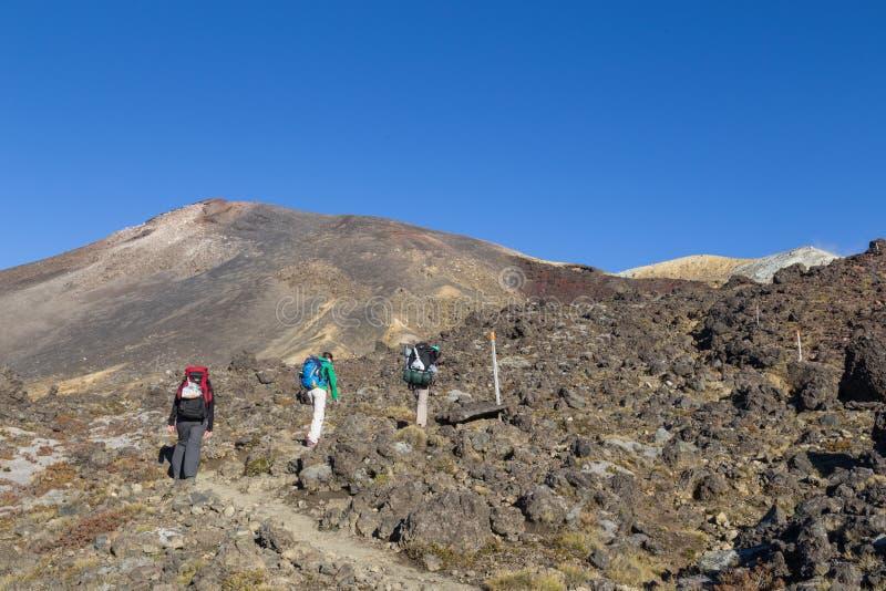 Geen wandelaars Tongariro die, Nieuw Zeeland kruisen stock foto's