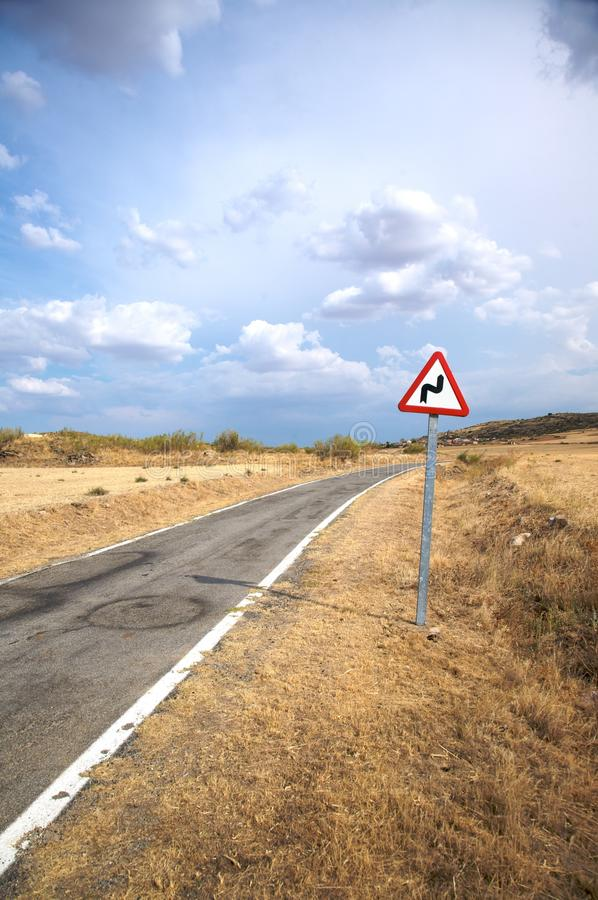 Gefährliche Kurve stockbild
