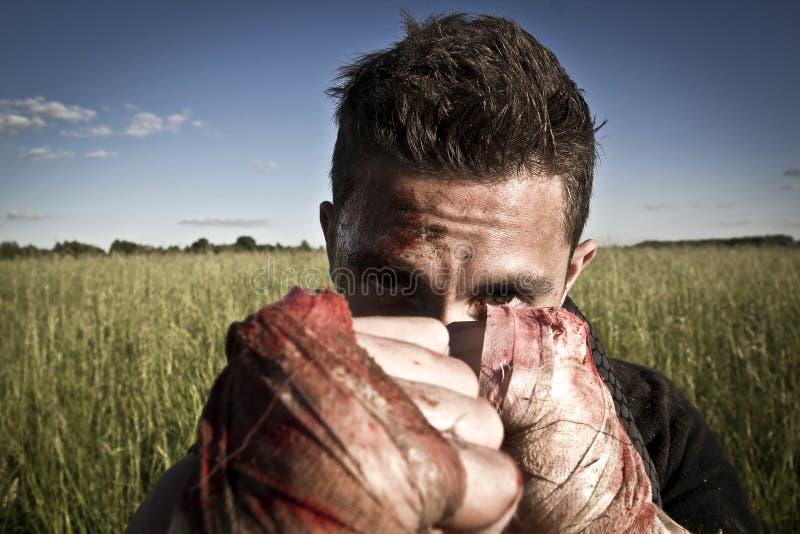 Gefährlicher Gangster lizenzfreie stockbilder