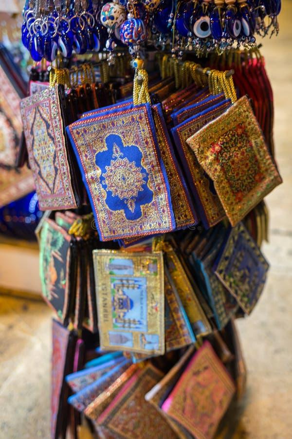 Gefärbt am großartigen Basar in Istanbul, die Türkei stockfotos