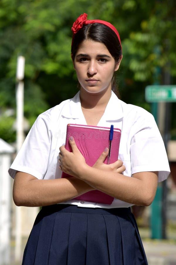Gefühllose katholische kolumbianische Personen-tragende Schuluniform lizenzfreie stockbilder