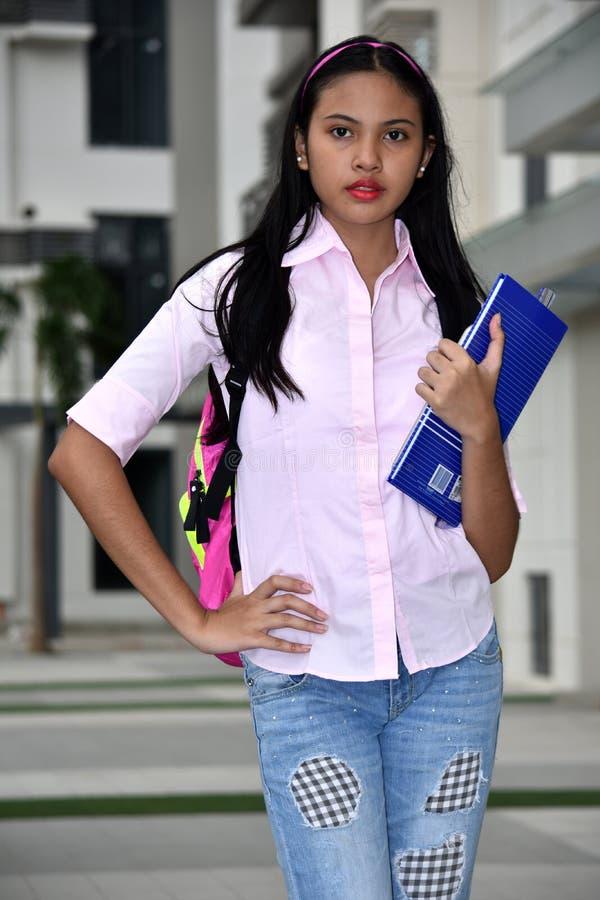 Gefühlloser jugendlicher Minderheitsstudent Teenager School Girl lizenzfreie stockfotos