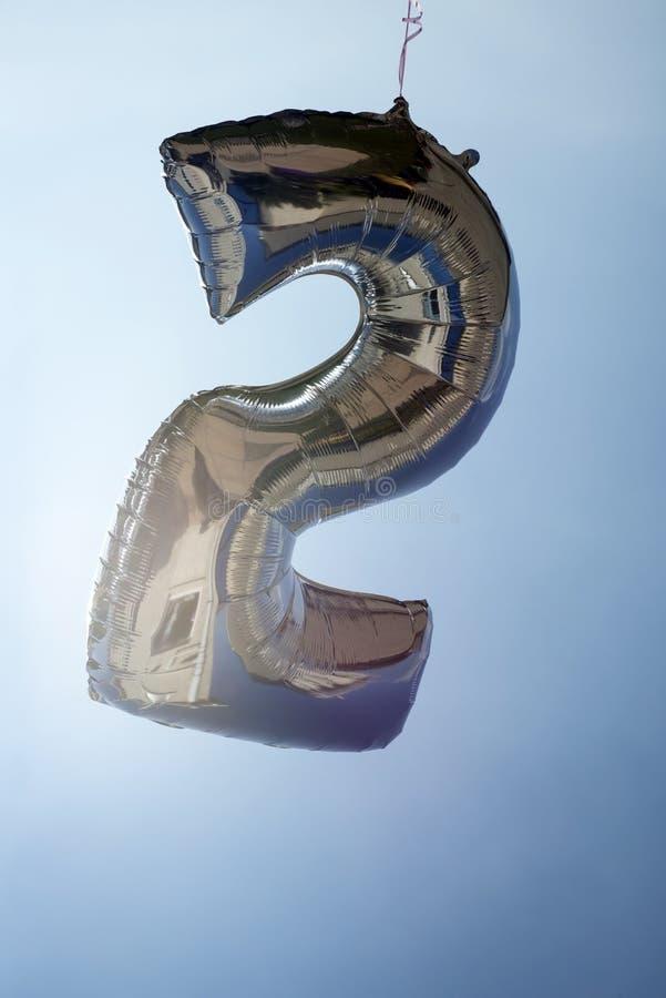 Gefüllter Ballon der Nr. 2 Helium lizenzfreies stockfoto