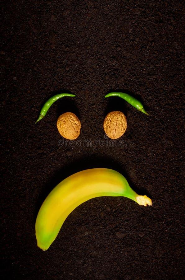 Gef?hl der Traurigkeit durch den Gebrauch von Bioprodukten lizenzfreies stockfoto