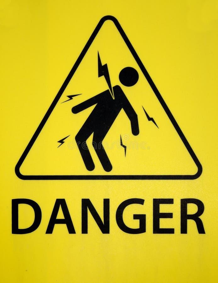 Gefahr des Stromschlagzeichens lizenzfreie stockbilder