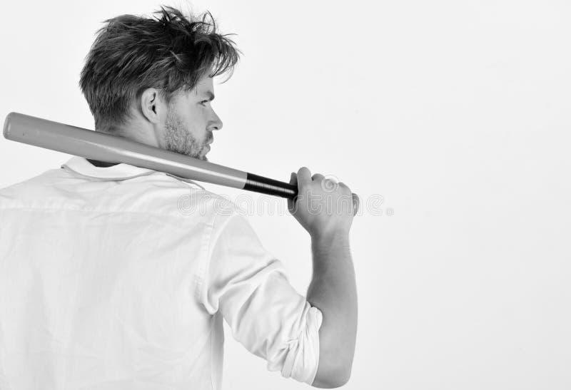 Gefahren- und Gewalttätigkeitskonzept Mann rückwärts lokalisiert auf weißem Hintergrund lizenzfreies stockbild