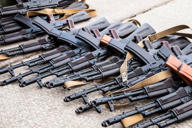 Gefangengenommene Waffen stockfoto