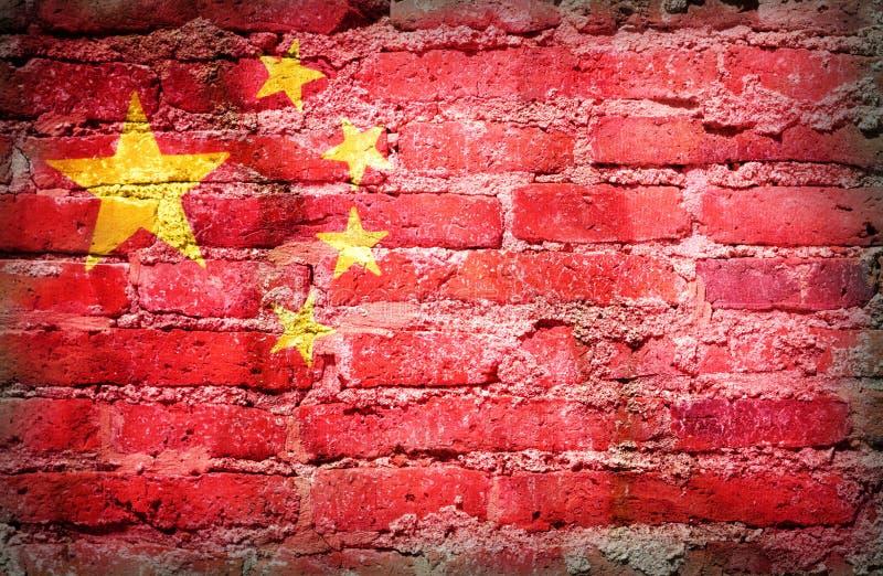 Gefiltreerde wijnoogst, de vlag van China op baksteen royalty-vrije stock afbeelding