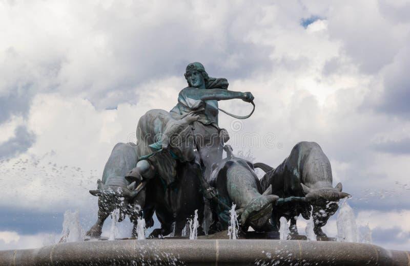 Gefions-Brunnen in Kopenhagen lizenzfreie stockfotos