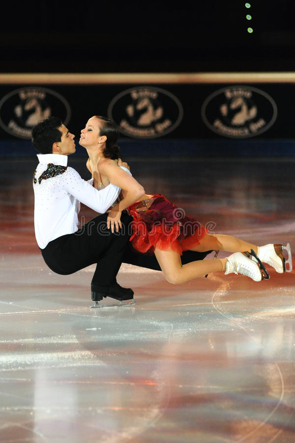 Gefrieren Sie die Schlittschuhläufer, die bei goldenem Preis des Rochen-2011 tanzen stockfoto
