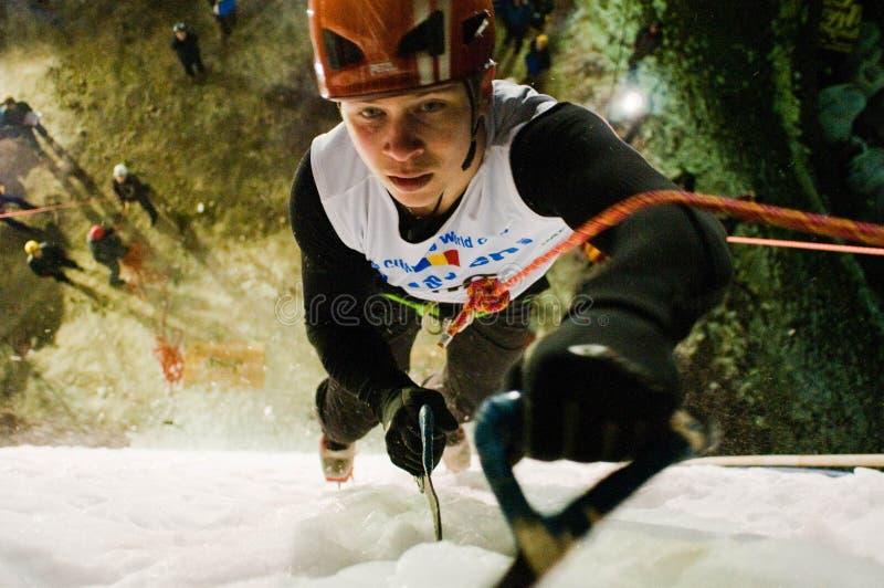 Gefrieren Sie steigende Weltmeisterschaft Busteni 2009 - ROM lizenzfreies stockfoto
