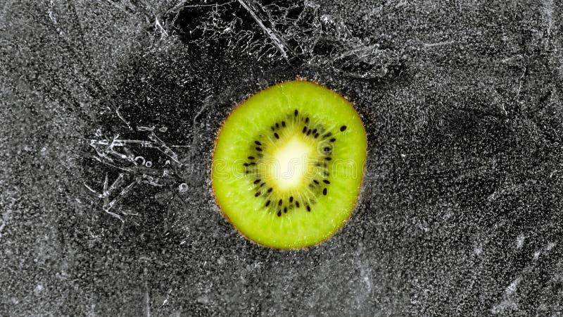 Gefrorene Kiwi stockfotografie