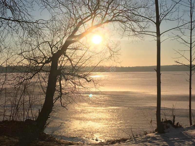Download Gefrorener See stockfoto. Bild von bild, eingefroren - 96928100