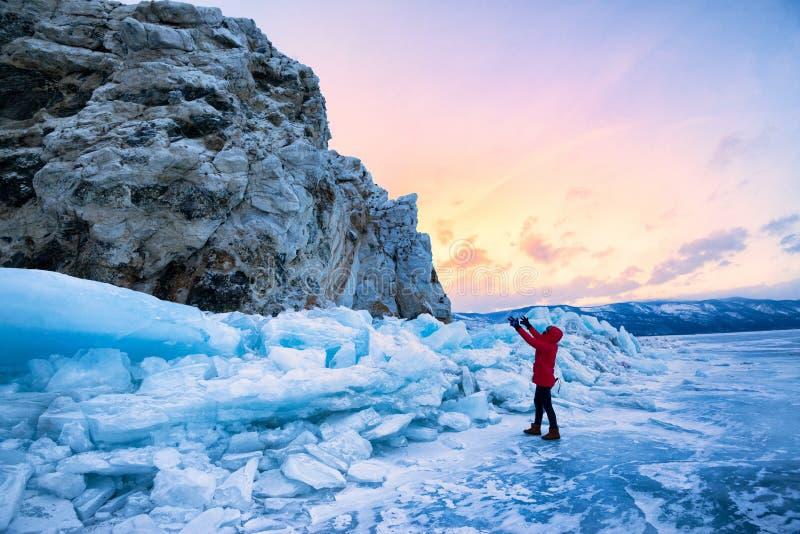 Gefrorener See Baikal lizenzfreies stockbild