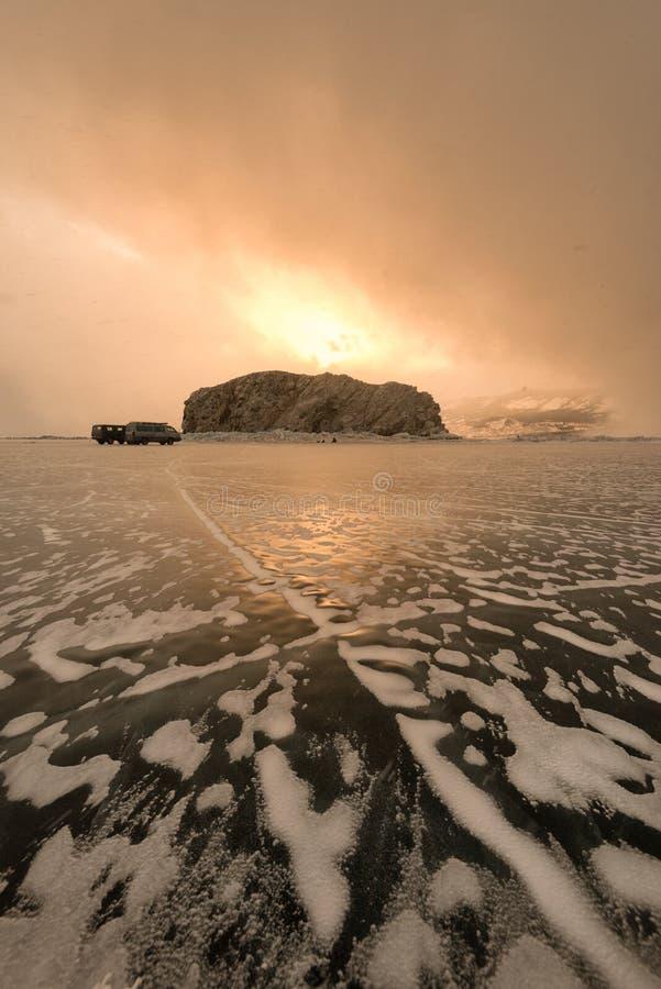 Gefrorener See Baikal stockbild