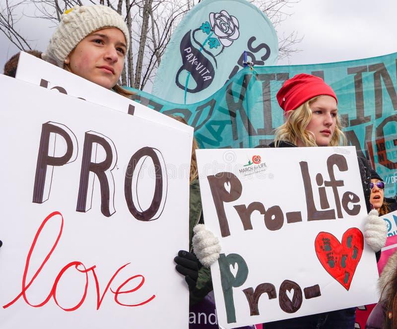 Gegen die Abtreibung, Pro-Liebe lizenzfreie stockfotografie