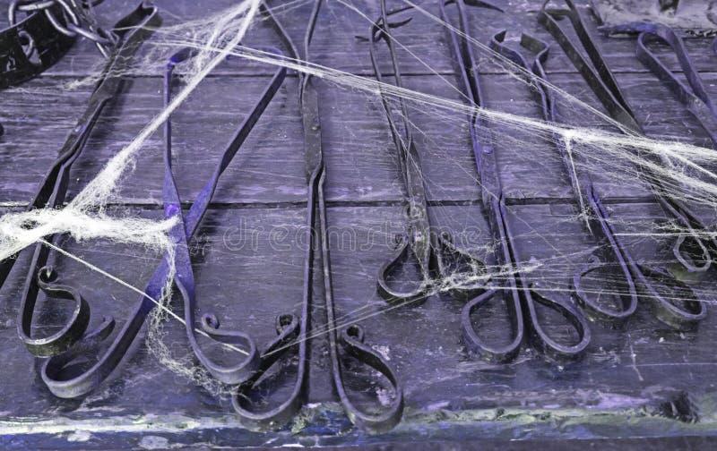 Gegenstände der Folterung lizenzfreies stockfoto