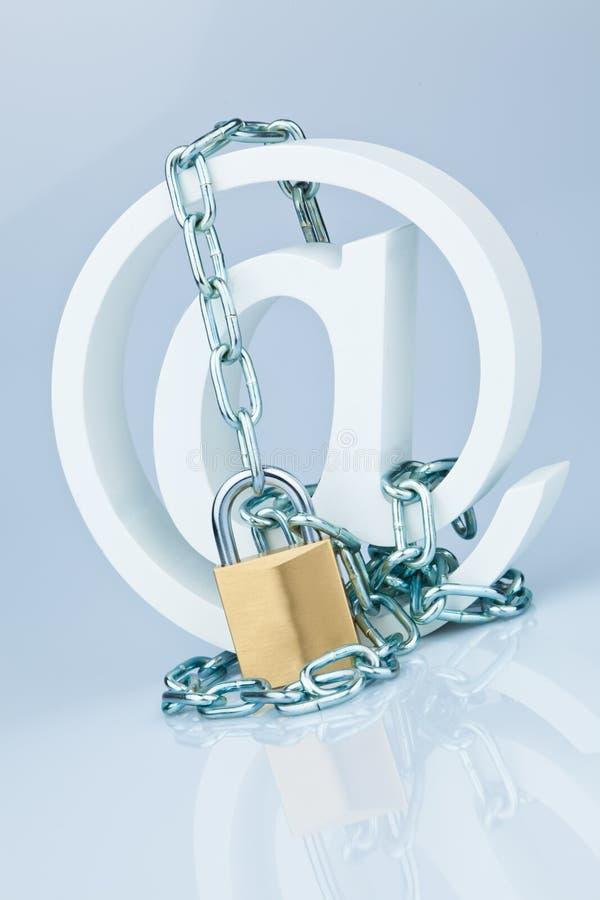 Gegevensbeveiliging op Internet. spinaap royalty-vrije stock foto