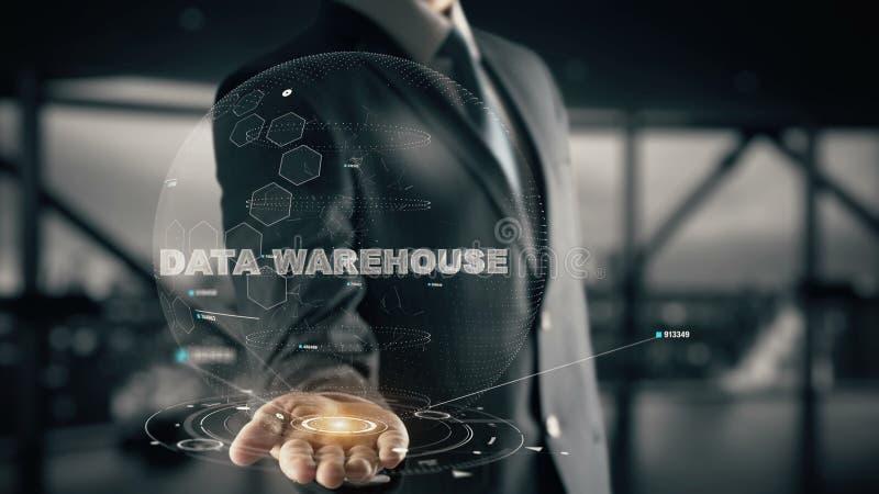 Gegevenspakhuis met het concept van de hologramzakenman stock foto