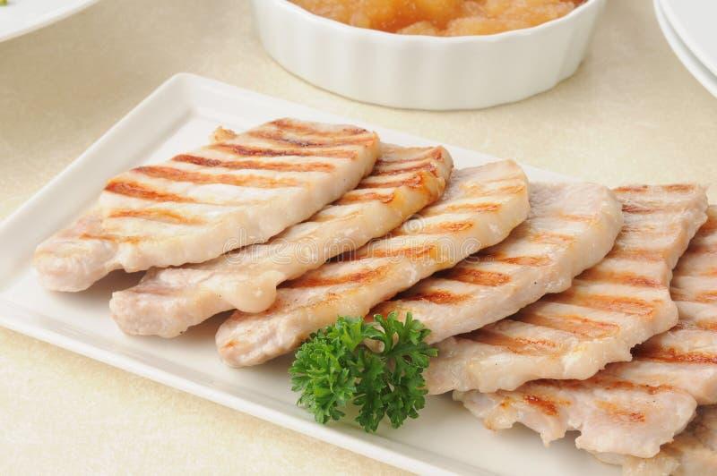 Gegrillte knochenlose Schweinekoteletts lizenzfreies stockbild