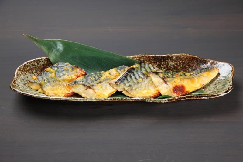 Gegrillte Makrele mariniert mit Saikyomiso lizenzfreie stockfotos