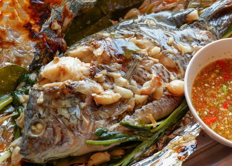 Gegrillte Tilapia-Fische Floyd lizenzfreie stockfotos