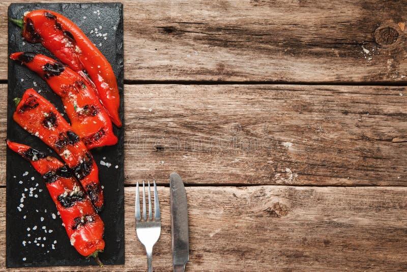 Gegrillter Pfeffer, freier Raum des vegetarischen Lebensmittels stockbild