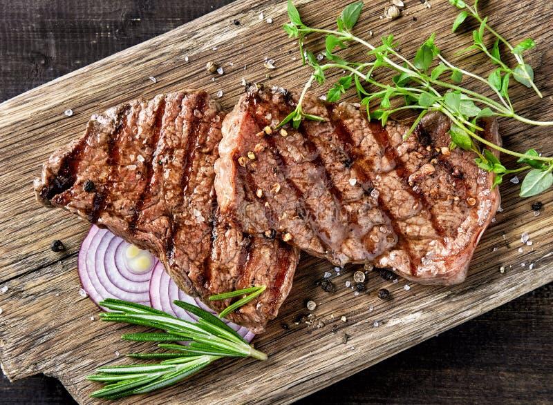 Gegrilltes Rindfleischsteak lizenzfreies stockbild