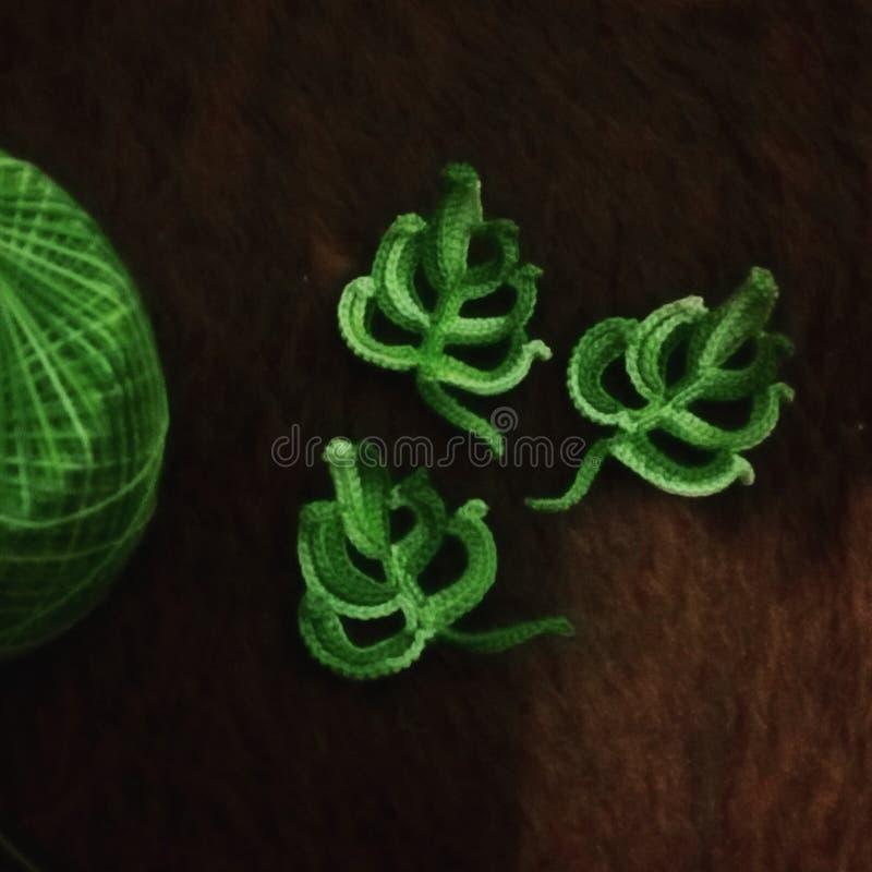 Gehaakte groene bladeren royalty-vrije stock fotografie