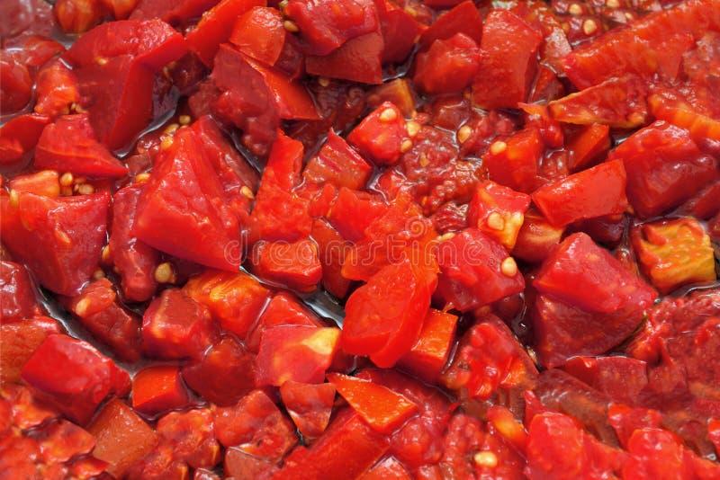 Gehackte Tomaten für Teigwaren stockfotografie