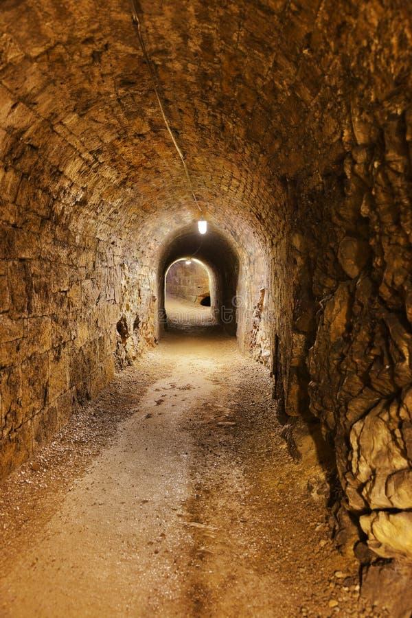 Geheime tunnel in Kasteel Kufstein - Oostenrijk royalty-vrije stock afbeelding