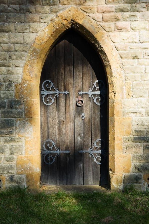 Geheimnisvolle Tür lizenzfreies stockfoto