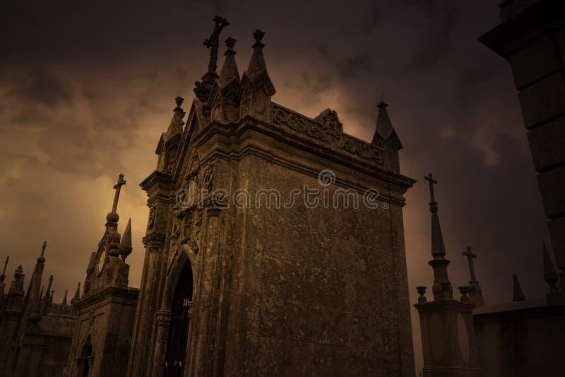 Geheimzinnige begraafplaats royalty-vrije stock fotografie