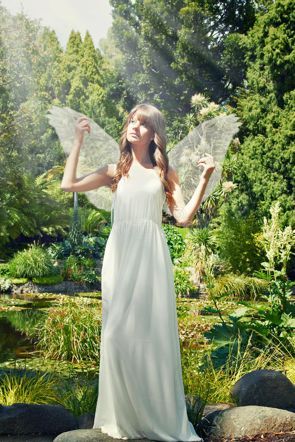 Geheimzinnige engel stock fotografie