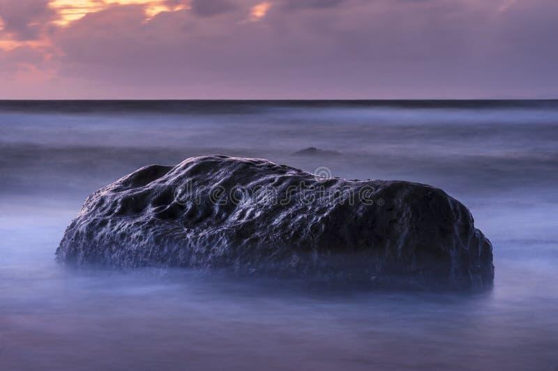 Geheimzinnige zonsondergang royalty-vrije stock afbeelding