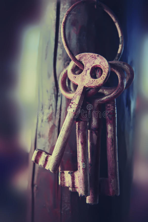 Geheimzinnigheid sleutels stock afbeeldingen